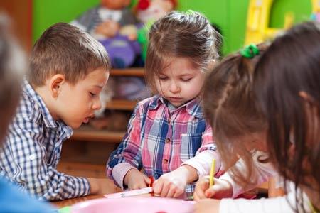 10 родительских ошибок, которые тормозят развитие речи ребенка.