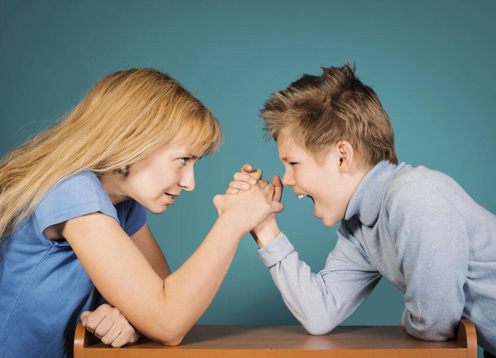 Как успокоить детей во время конфликтов?